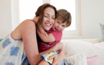 Пособие по уходу за ребенком до 1.5 лет неработающим: размер ежемесячной выплаты для безработной мамы, где оформить и как получить деньги