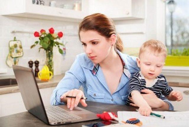 Заявление на увольнение по уходу за ребенком до 14 лет: образец, как уволиться без отработки, как правильно написать текст.