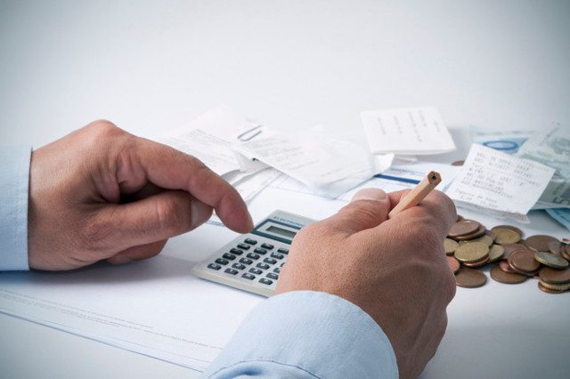 Командировка в выходной день: оплата суточных и среднего заработка, как оплачивать время в пути, если оно выпадает на нерабочий или праздничный, примеры расчета