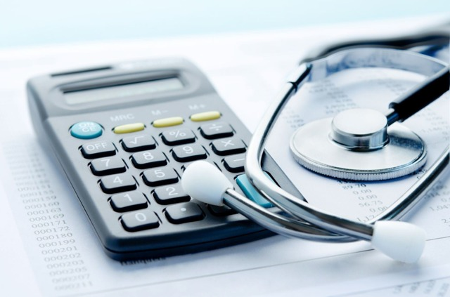 Алименты с больничного листа: удерживаются или нет по закону, порядок взыскания удержаний по исполнительному листу, порядок и пример расчета для 2018 года