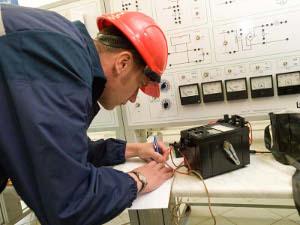 Журнал проверки знаний по электробезопасности: образец, как правильно заполнять и вести учет обучения и аттестации персонала