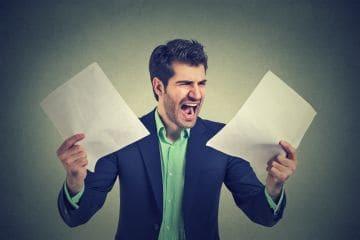 Увольнение задним числом: последствия для работодателя, можно ли уволить законно по собственному желанию более ранней датой?