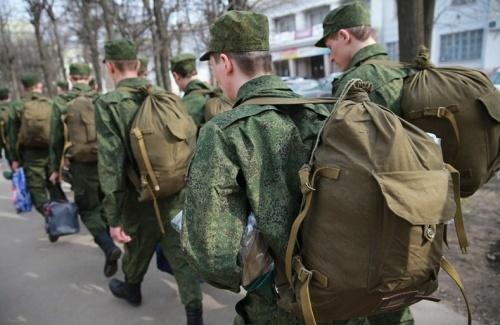 Входит ли армия в стаж для больничного: как военная служба, в том числе срочная, включается в страховой период, как учитывается время в вооруженных силах?