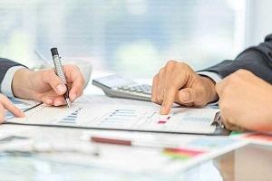 Договор о полной материальной ответственности кассира: образец 2018, как установить для кассового работника индивидуальную ПМО, структура и содержание соглашения