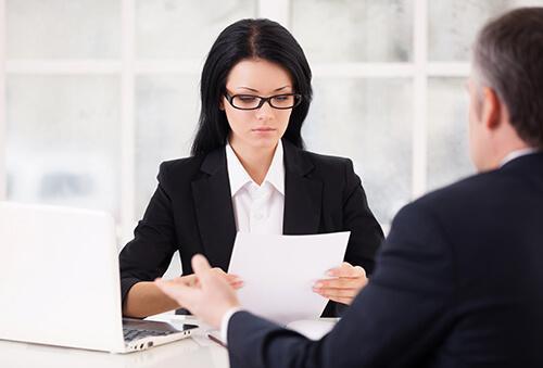 Материальная ответственность директора ООО: является ли руководитель организации материально-ответственным лицом, за что несет наказание генеральный директор?