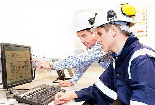 5 видов инструктажей по охране труда на предприятии: какие бывают по технике безопасности, сроки и периодичность их проведения