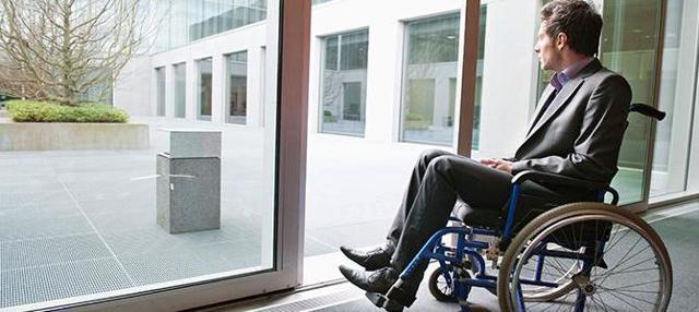 Двухнедельное выходное пособие при увольнении: как рассчитать правильно, пример расчета, порядок выплаты по состоянию здоровья, по инвалидности