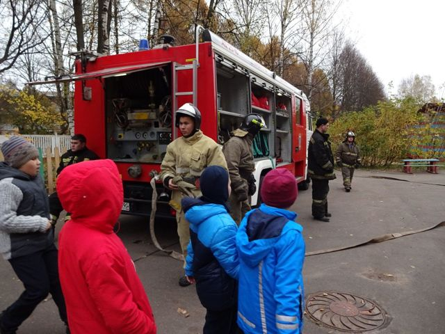 Противопожарные тренировки: периодичность и порядок проведения по пожарной безопасности, как часто нужно проводить по эвакуации людей предприятия при пожаре
