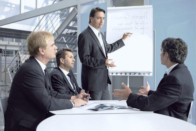 Приказ о проведении обучения по охране труда работников организации, руководителей и специалистов, рабочего персонала: скачать образцы