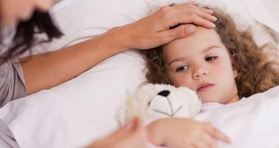 До скольки лет больничный на ребенка предоставляется: до какого возраста по закону выдается листок по нетрудоспособности по уходу за несовершеннолетним.