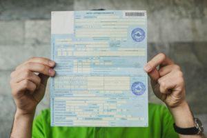 Больничный совместителю: внешнему, внутреннему, как оплачивается лист по основному месту и по совместительству, особенности выплаты, если отработано менее 2 лет