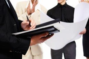 Приказ о продлении инструкций по охране труда: образец, когда нужно продлить срок действия документации по ОТ и издать распоряжение?