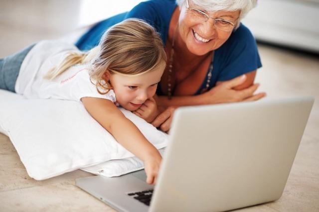 Как оформить отпуск по уходу за ребенком до 1.5 или 3 лет: пошаговая инструкция, перечень документов с образцами, предоставление работающей бабушке или отцу