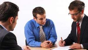 Ответственность при увольнении для работодателя: за несвоевременный расчет заработной платы и задержку ее выплаты, при невыдаче справок, уголовное наказание