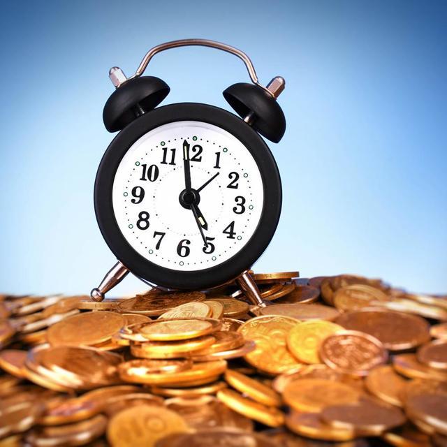 Увольнение по срочному трудовому договору по инициативе работодателя: порядок досрочного расторжения и прекращения отношений с временным работником по ТК РФ