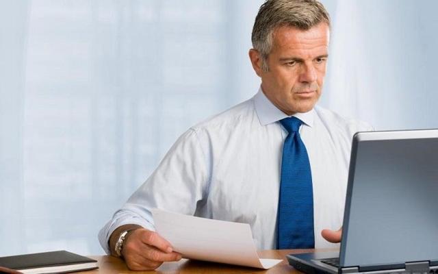 Приказ о возложении обязанностей на время отпуска директора, главного бухгалтера, иного основного сотрудника: образцы, правила оформления замещения