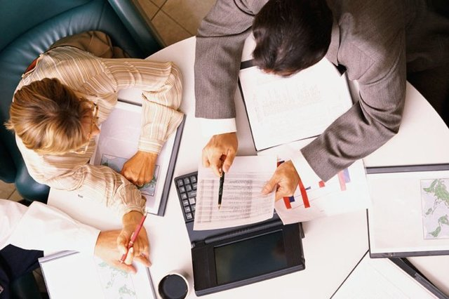 Командировка за счет принимающей стороны: оформление, суточные, нужно ли платить командировочные расходы?