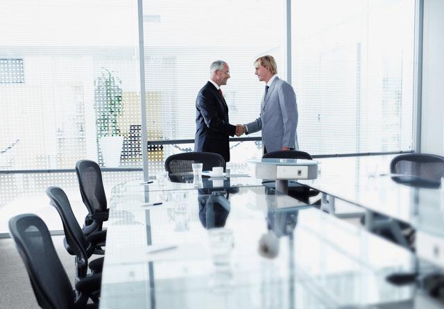 Приказ о приеме в порядке перевода из другой организации: образец, как оформить правильно для принятия на работу?