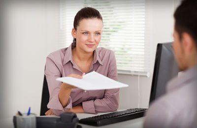Докладная записка о прогуле работника: образец, как и кто должен составлять при отсутствии сотрудника на рабочем месте длительное время, скачать пример оформления