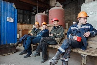 Перерывы в рабочем времени по ТК РФ: обеденный при 12, 8, 6, 4 часовом дне, какие включаются и оплачиваются, помимо обеда, перекуры в течение смены