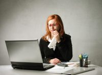 Работодатель не подписывает заявление об увольнении: что делать, могут ли не принять документ, куда жаловаться, если руководитель отказывается принять уведомление