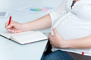 Заявление на отпуск по беременности и родам: скачать образец, как написать запрос по больничному о предоставлении декрет и выплату пособия