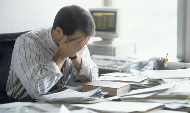 Оплата работы в выходные и праздничные дни по Трудовому кодексу: как оплачивается по общему правилу, можно ли взять отгул по ТК РФ за труд в нерабочий праздник