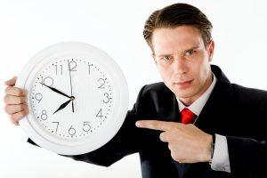 Выговор за опоздание на работу: можно ли объявить, если работник опоздал на рабочее место, образец приказа об объявлении взыскания по причине поздней явки