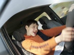 С какого возраста наступает дисциплинарная ответственность: возможно ли наступление для несовершеннолетних, формы наказаний для лиц моложе 18 лет