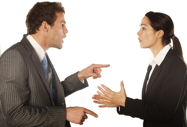 Положение о дисциплинарных взысканиях, их применении и снятии с работников: обязательно ли в организации должен быть локальных акт о привлечении к ответственности?