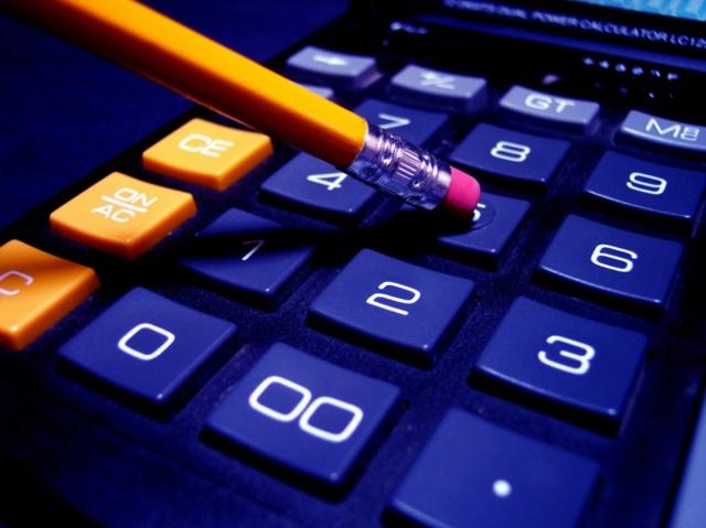 Расчет дней при компенсации за неиспользованный отпуск при увольнении:  пошаговый алгоритм, примеры, нужно ли округлять количество дней