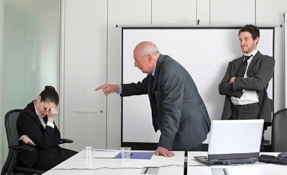 Приказ об опоздании на работу: образец объявления выговора за нарушение трудовой дисциплины, можно ли наложить на работника штрафы за поздний приход на работу?