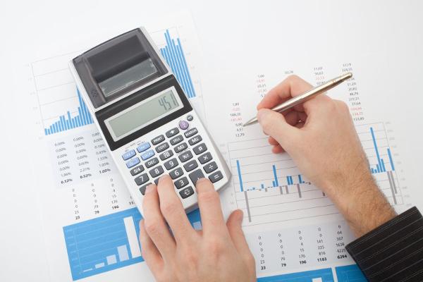Расчет среднего заработка для больничного в 2018 году: пошаговая инструкция, формы и примеры вычислений, как рассчитать среднедневной доход правильно?