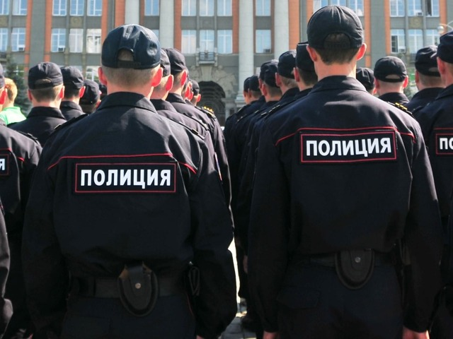 Дополнительный отпуск в МВД: сколько дней положено сотрудникам полиции за выслугу лет, за ненормированный рабочий день, опасные условия, при выходе на пенсию?