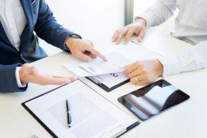Уведомление о необходимости забрать трудовую книжку после увольнения: образец, как оформить для получения работником личного документа