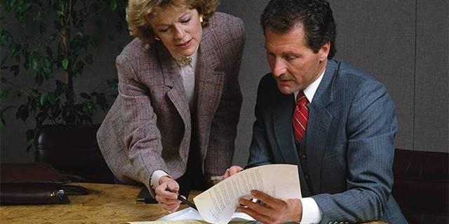 Отгул за свой счет: можно ли взять по закону, как правильно оформить - образец заявления и приказа, когда работодатель может отказать по Трудовому кодексу?