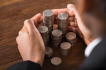 С какой зарплаты начисляются алименты: с черной или белой, как получить с неофициальной заработной платы, с какой высчитывается – чистой или грязной?