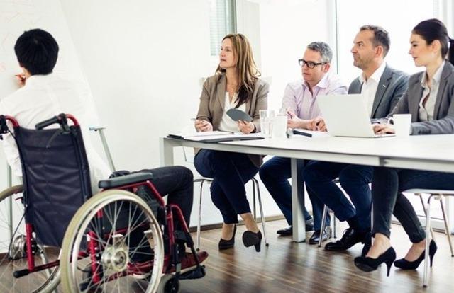 Рабочая неделя для инвалидов 2, 3 группы: часовая продолжительность времени, режим неполного дня для работников с инвалидностью