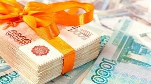 Учитывается ли премия при расчете отпускных: входит ли годовая, квартальная, разовая, единовременная выплата в средний заработок, какие суммы не включаются