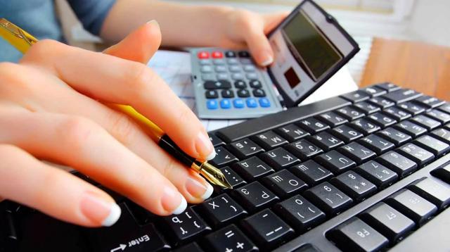 Расчет НДФЛ с выплат работника: механизм исчисления в 2018 году, как рассчитать подоходный налог с зарплаты начисленной и к выплате на руки, формулы и примеры