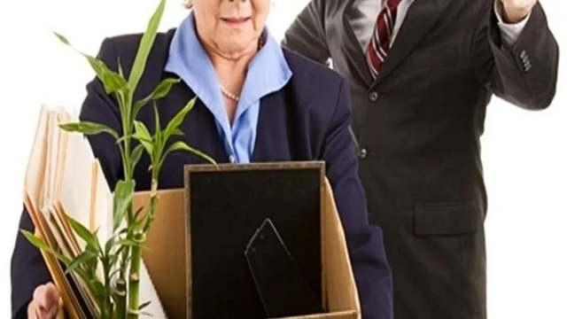Отработка при увольнении пенсионера: нужно ли отрабатывать 2 недели работающему человеку пенсионного возраста при уходе с работы по собственному желанию?