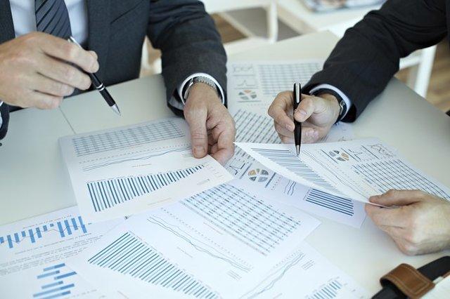 Общественный контроль за охраной труда на предприятии: что это такое, кто его осуществляет в организации